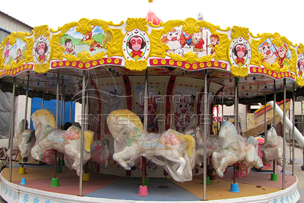 new large rotating horse kids rides is available in Dinis